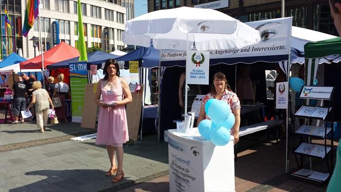 Gendertreff beim Ruhr-CSD Essen 2014 006