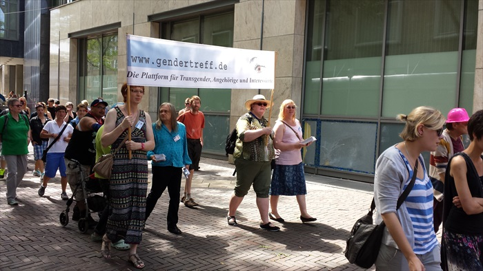 Gendertreff beim Ruhr-CSD Essen 2014 007