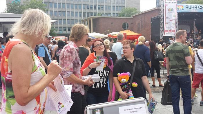 Gendertreff beim Ruhr-CSD Essen 2014 016
