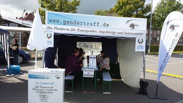 Gendertreff beim CSD Aurich 2014 007