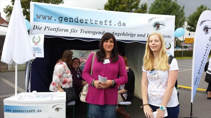 Gendertreff beim CSD Aurich 2014 012