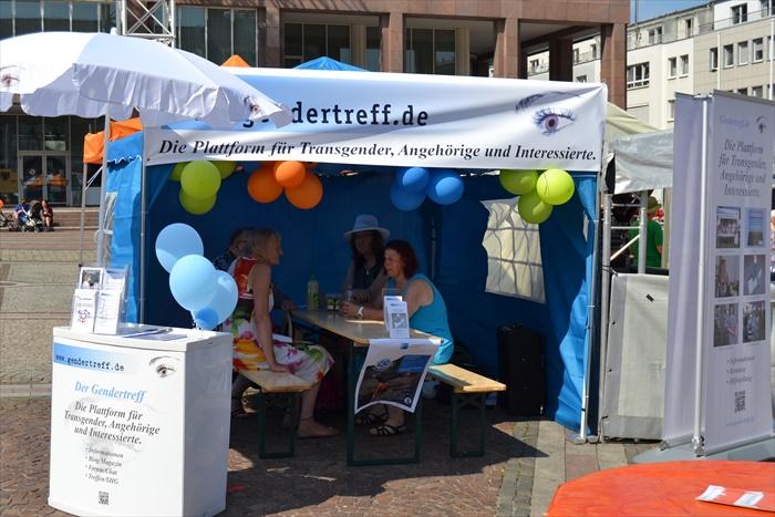 Gendertreff beim CSD Dortmund 2015 002