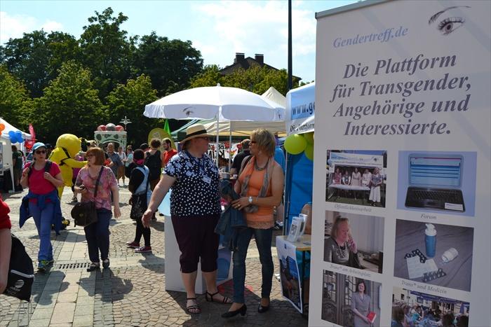 Gendertreff beim CSD Dortmund 2015 004