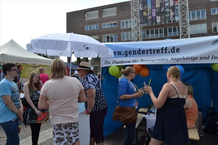 Gendertreff beim CSD Dortmund 2015 012