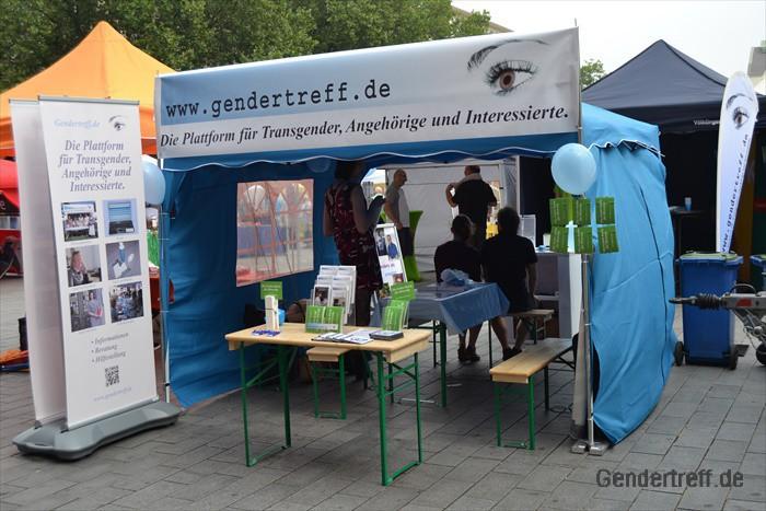 CSD Duisburg Gendertreff 2016-07 001