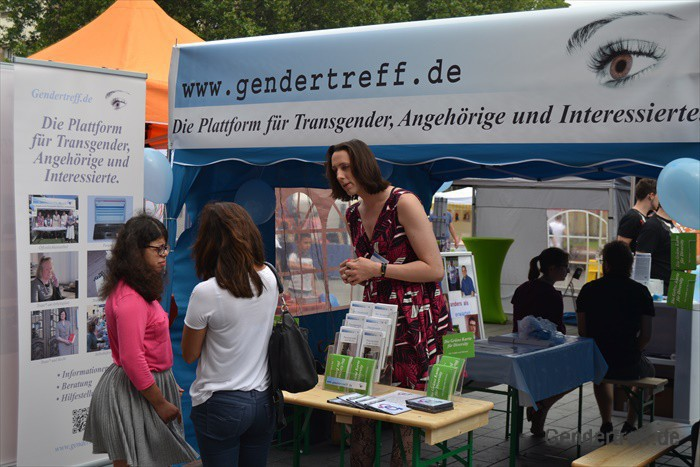 CSD Duisburg Gendertreff 2016-07 002