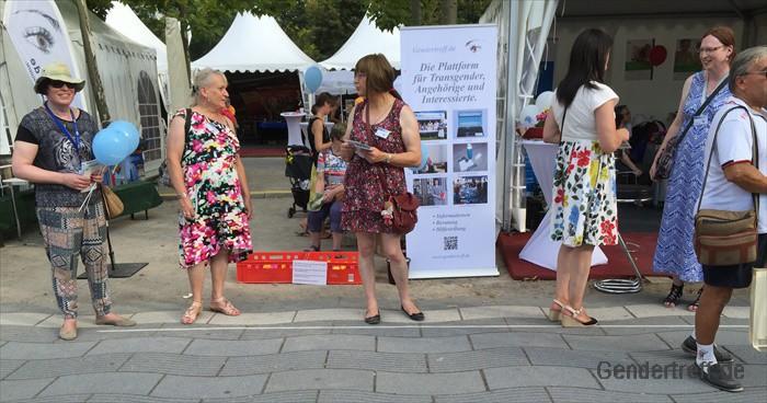 70 Jahre NRW Gendertreff 2016-09 001
